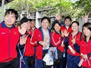 Vietnamese athletes arrive in Vientiane
